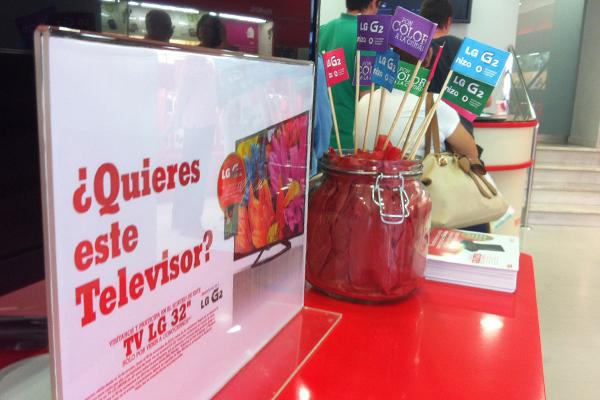 """Campaña LG """"Pon color a tu ciudad"""""""